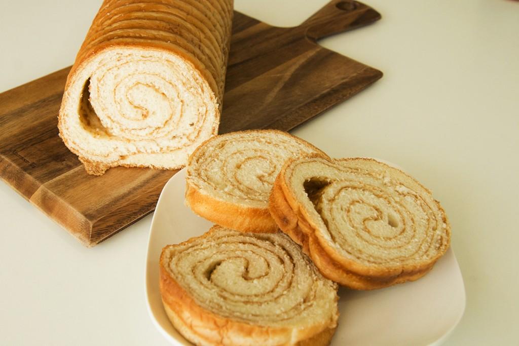 ふわっと香るメープルの香り! パン工房オラットの「ラウンド食パン(メープル)」【お取り寄せ】
