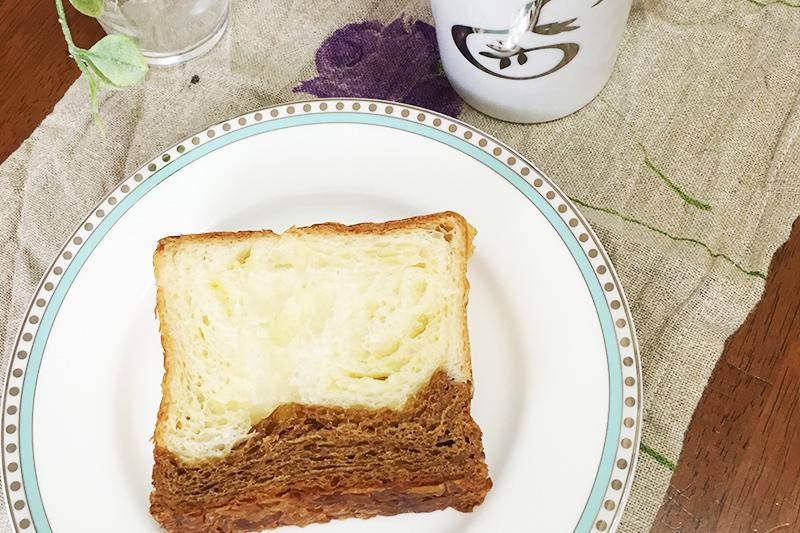グランマーブルのパンとコーヒー
