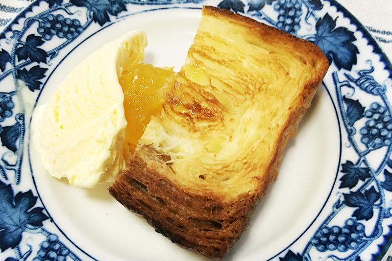 グランマーブルのパンとアイス