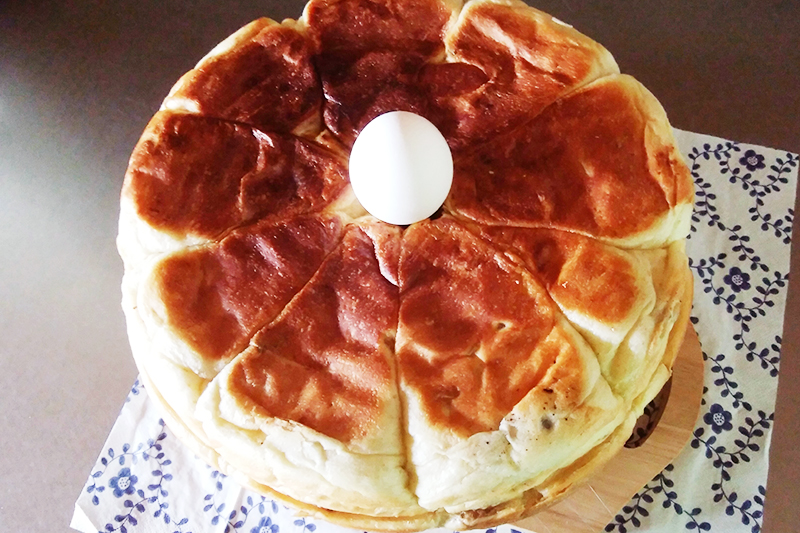 くるみ鍋パンと卵を比較