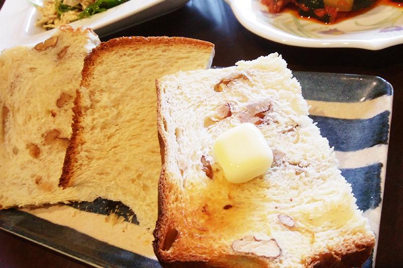 ランチでくるみ鍋パン