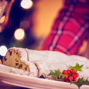 クリスマスまで待てない!ドイツの伝統的なお菓子パン「シュトレン」って?