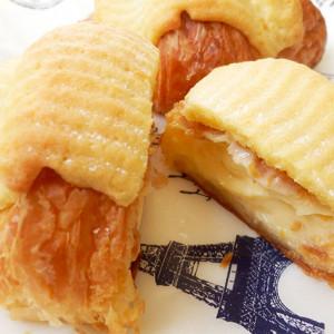 とろ~りクリームとバターたっぷりのクロワッサンに病みつき!八天堂のフローズンくりーむクロワッサン【お取り寄せ】