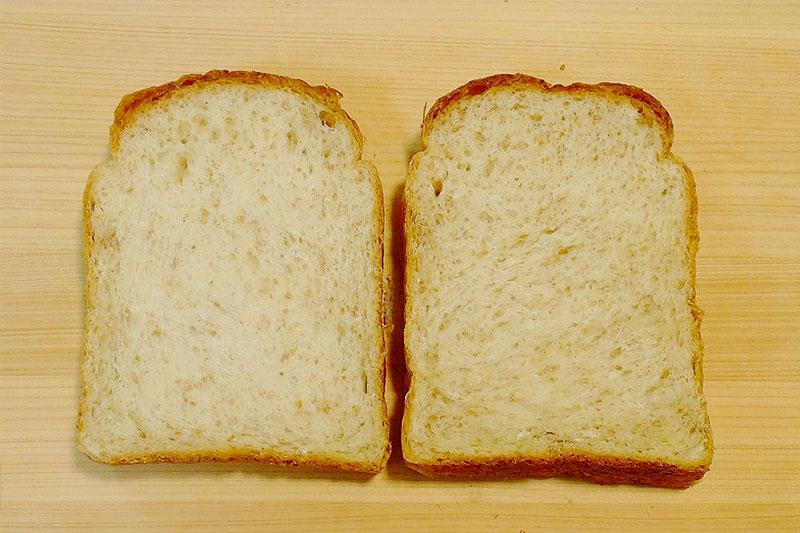 全粒粉入りなのでサクッとしていて歯切れもよいパンです♪