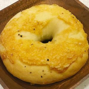 ブラックペッパー×チーズのおつまみベーグル!AFFIDAMENTO BAGEL【お取り寄せ】