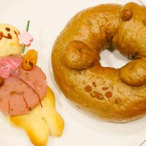 かわいい動物パンはもうチェックした? よろず茶屋444のこだわりパン