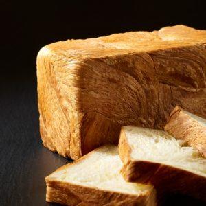 開業19周年記念「クロワッサン食パン」販売開始!
