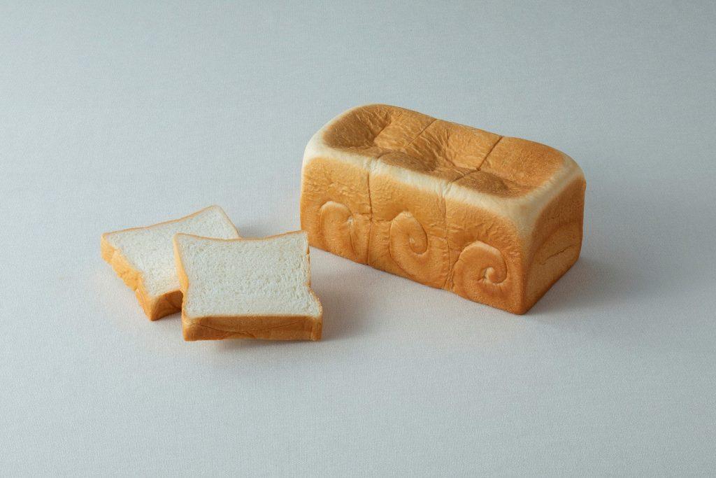 ふんわり生食パン 800円(税込)