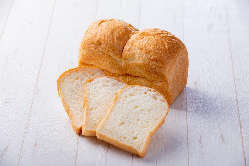 トースト食パン みのう連山 500円(税別)
